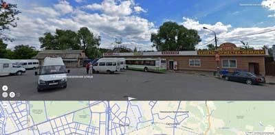 Станция железной дороги- Никольское. Кафе на кругу- банкеты, торжества, юбилеи. Пешеходный переход через линию.