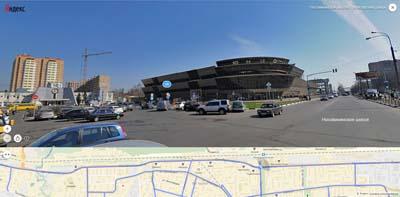 Слева Железнодорожная станция, прямо развлекательный центр ЮНИОН